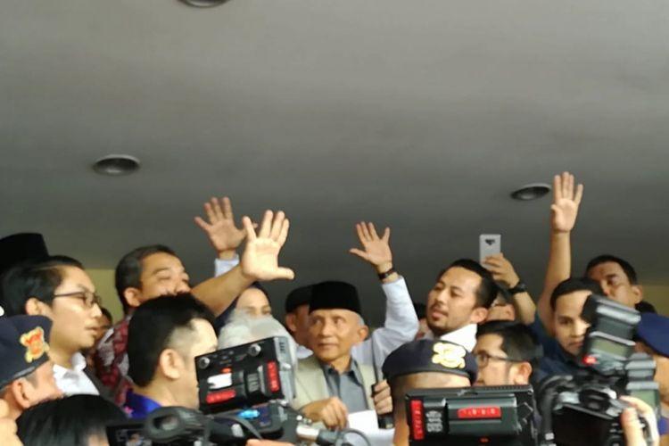 Ketua Dewan Kehormatan Partai Amanat Nasional (PAN) Amien Rais mendatangi Polda Metro Jaya, Jakarta, Rabu (10/10/2018).