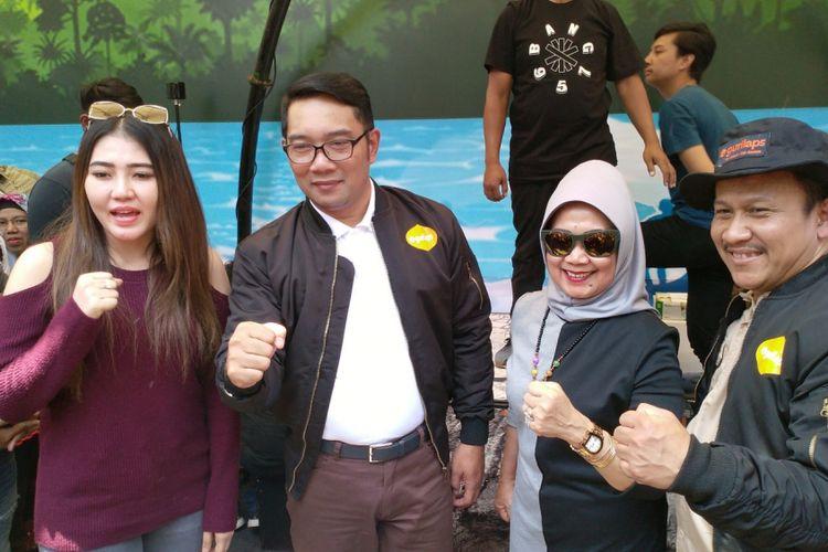 Gubernur Jawa Barat Ridwan Kamil menghadiri peluncuran aplikasi digital paket wisata petualangan bernama Gurilaps di Festival Gedung Sate, Jalan Diponegoro, Kota Bandung,Sabtu (17/11/2018).