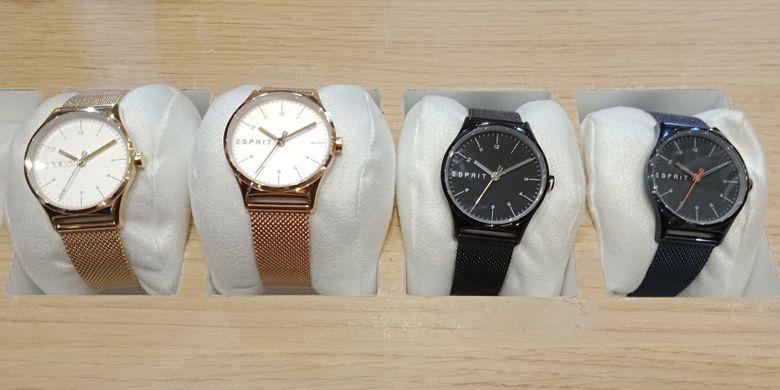 Salah satu contoh koleksi jam tangan Esprit Spring Summer Time & Jewels Collections untuk segmen Lab.
