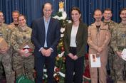 Pangeran William Ledek Kate yang Pakai Blazer Hijau Mirip Pohon Natal