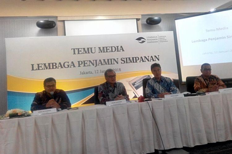 Konferensi pers Lembaga Penjamin Simpanan (LPS) di Jakarta, Jumat  (12/1/2018).