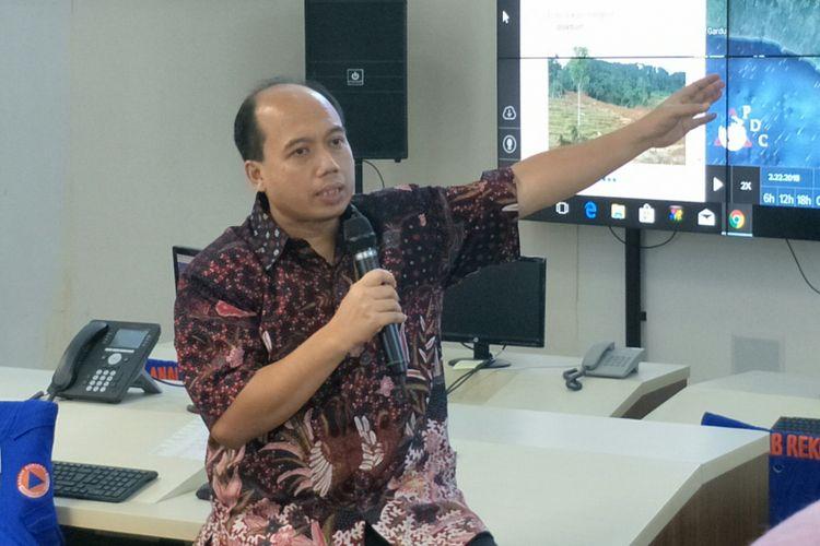 Kepala Pusat Data Informasi dan HumasBNPB,Sutopo Purwo Nugroho ketika ditemui di kantornya, Jakarta, Jumat (23/2/2018).