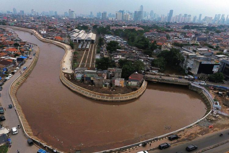 Normalisasi Sungai Ciliwung di Kampung Melayu