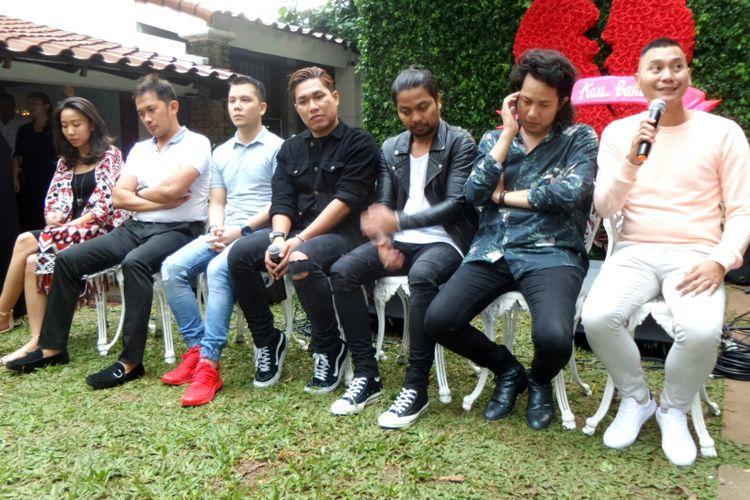 Jumpa pers film Asal Kau Bahagia di kawasan Duren Tiga, Jakarta Selatan, pada Senin (24/7/2017).