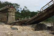 Jembatan di Pekalongan Roboh, Perekonomian Warga Terganggu