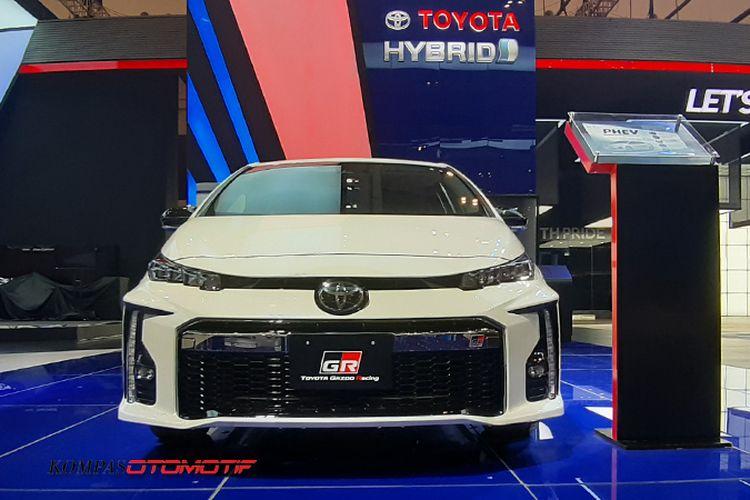 Toyota Prius PHEV Gazoo Racing di GIIAS 2019