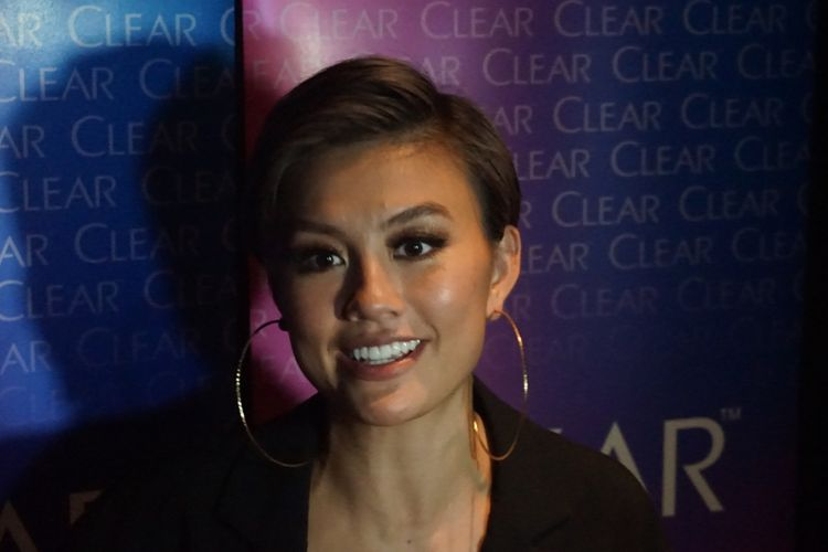 Agnez Mo saat ditemui dalam sebuah private party salah satu produk perawatan rambut di SCBD, Senayan, Jakarta Selatan, Jumat (21/9/2018) malam.