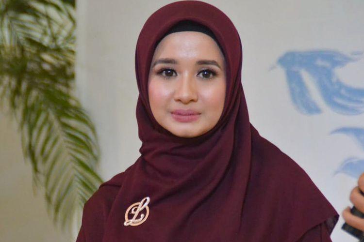 Artis peran Laudya Cynthia Bella dalam 1st Anniversarry L by LCB di FX Sudirman, Senayan, Jakarta Pusat, Jumat (9/11/2018).