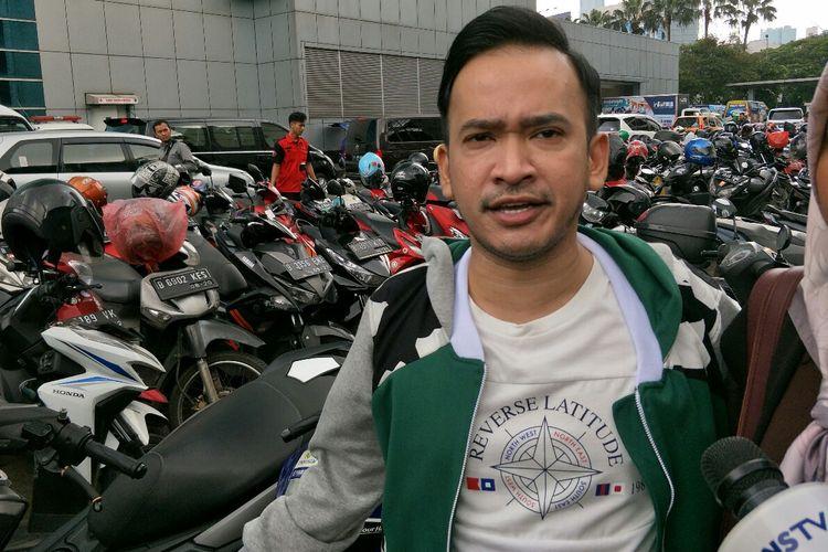 Presenter Ruben Onsu saat ditemui usai memandu sebuah acara stasiun televisi swasta di kawasan Mampang, Jakarta Selatan, Jumat (17/5/2019).
