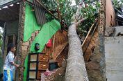 Angin Puting Beliung Rusak Rumah Warga di Sukabumi