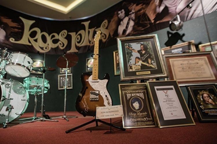 Memorabilia Koes Plus hadir untuk memamerkan berbagai alat musik yang berperan dalam perjalanan musik maestro legendaris Koes Plus.