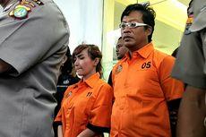 Rambut Berantakan dan Mata Terpejam, Begini Penampilan Roro Fitria Setelah Ditangkap Polisi...