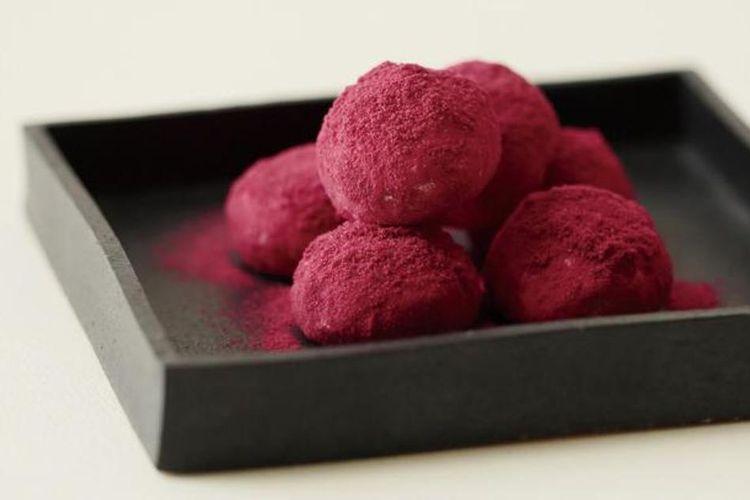 """Wasambon Raspberry Cookies"" (756 yen) dari Kasho Hanakikyo"