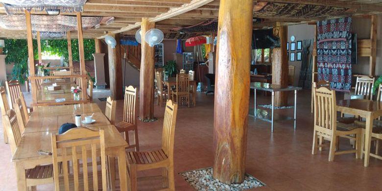 Hotel Mario berada di Pantai Kita Mananga Aba, Desa Ramadana, Kecamatan Loura, Kabupaten Sumba Barat Daya, Nusa Tenggara Timur, Sabtu (2/6/2018).(KOMPAS.com/SIGIRANUS MARUTHO BERE)