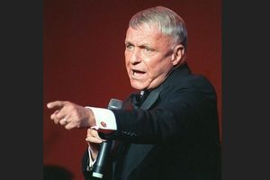 Biografi Tokoh Dunia: Frank Sinatra, Penyanyi dan Aktor Legendaris