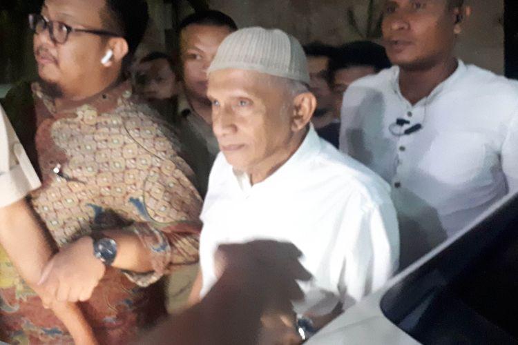 Amien Rais di Polda Metro Jaya ketika hendak menjeguk Eggi Sudjana, Senin (20/5/2019) malam.