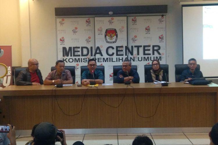 Komisi Pemilihan Umum RI (KPU) akan melaksanakan kegiatan pencocokan dan penelitian (coklit) tanggal 20 Januari 2018 untuk pilkada serentak 2018, di Jakarta, Minggu (14/1/2018).