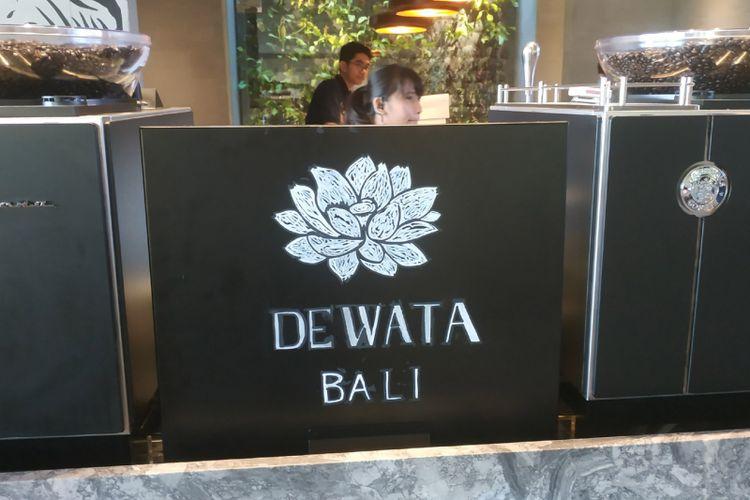 Logo lotus di Starbucks Reserve Dewata Bali