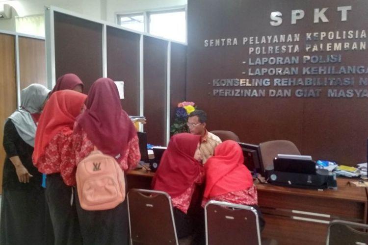 Lima orang siswi SMK menjadi korban hipnotis saat membuat laporan di Polresta Palembang