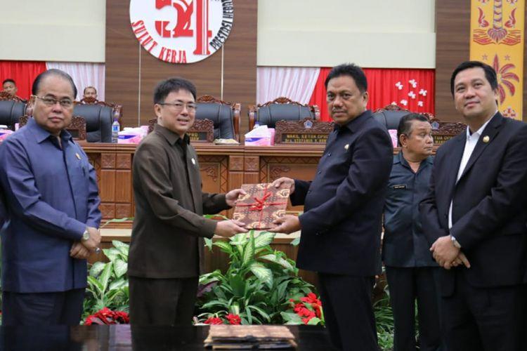 Sah, Gubernur dan DPRD Sulut Setujui KUA-PPAS APBD 2019