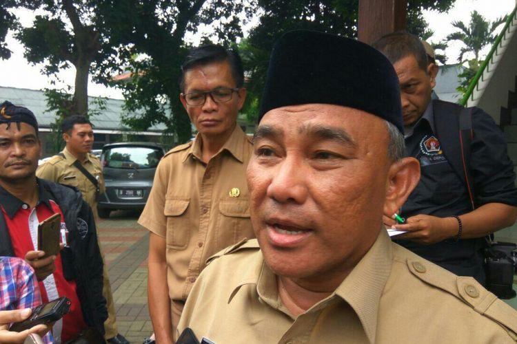 Walikota Depok, Mohammad Idris Abdul Somad saat ditemui di Wisma Hijau, Mekarsari Depok, Selasa (13/2/2018).