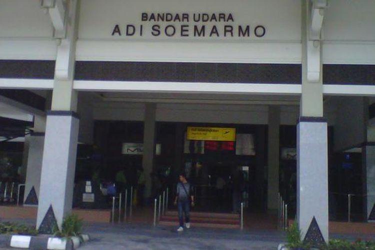 Bandara Adi Soemarmo, Boyolali, Jawa Tengah.
