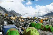 Miris, Para Pendaki Tinggalkan Banyak Sampah di Gunung Tertinggi Dunia
