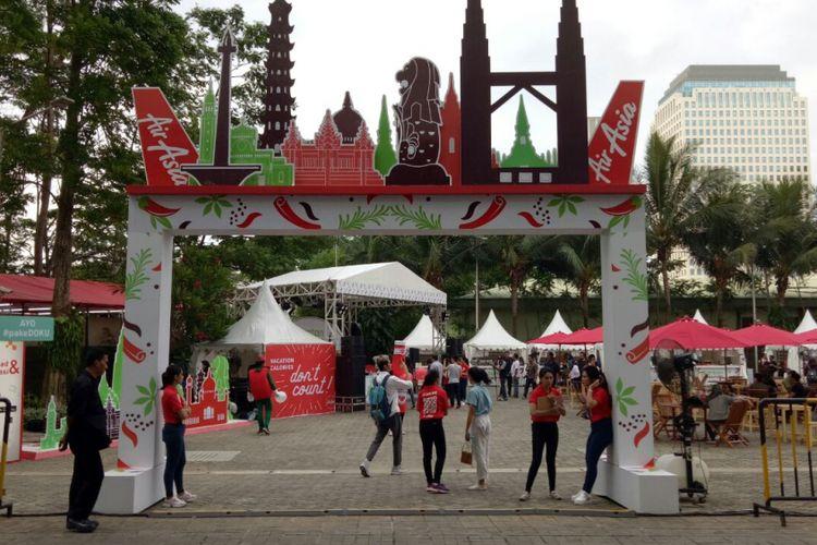 Suasana Bazar Kuliner Santan Coolinair by AirAsia, menyajikan ragam kuliner ASEAN, mulai 29 September sampai 1 Oktober 2017, di Senayan City, Jakarta.
