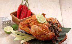 Ayam Betutu Punya Bumbu Rahasia, Mau Tahu?