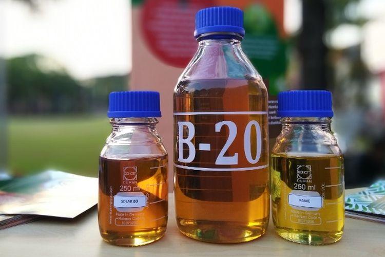 Menteri Koordinator (Menko) bidang Perekonomian Darmin Nasution menegaskan bahwa mulai 1 September 2018 tak ada lagi bahan bakar minyak (BBM) jenis Solar murni atau B-0 yang dijual di SPBU. Foto diambil Jumat (31/8/2018).