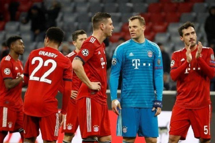 Para pemain Bayern Muenchen tampak terpukul seusai kekalahan dari Liverpool pada babak 16 besar Liga Champions di Allianz Arena, 13 Maret 2019.