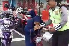 Emak-emak yang Gigit Polisi karena Ditilang Terancam 5 Tahun Penjara