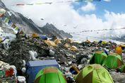 Banyak Sampah, Base Camp Everest di Tibet Ditutup untuk Umum