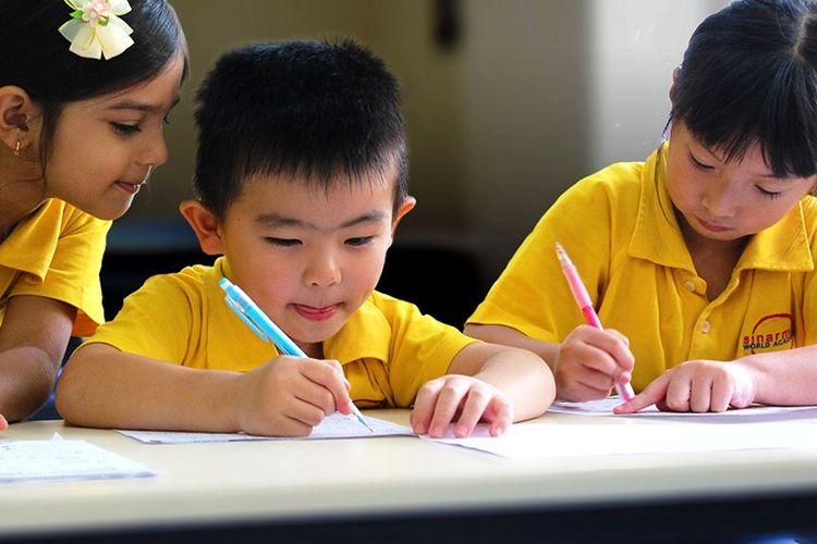 Siswa-siswi preschool Sinarmas World Academy.