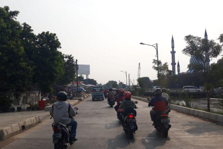 Tampak Jalan Raya Kalimalang, Kota Bekasi, Jumat (5/10/2018).