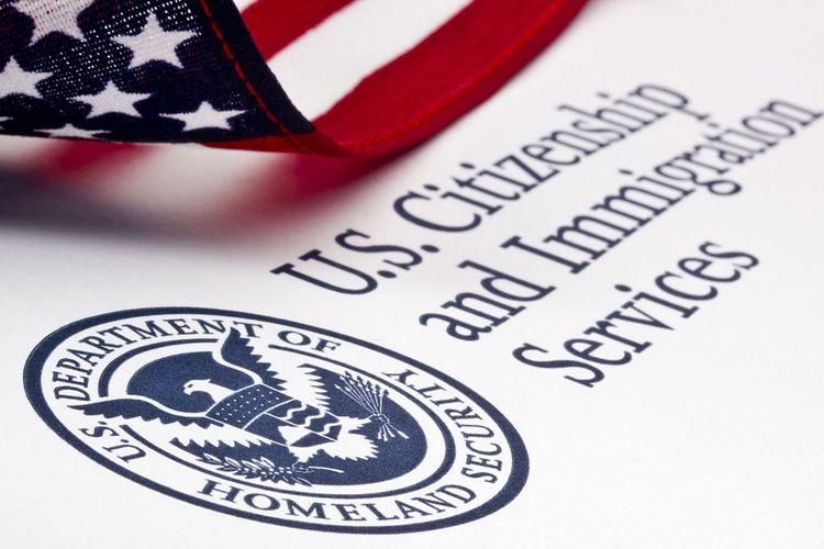 Ilustrasi logo U.S. Department of Homeland Security.