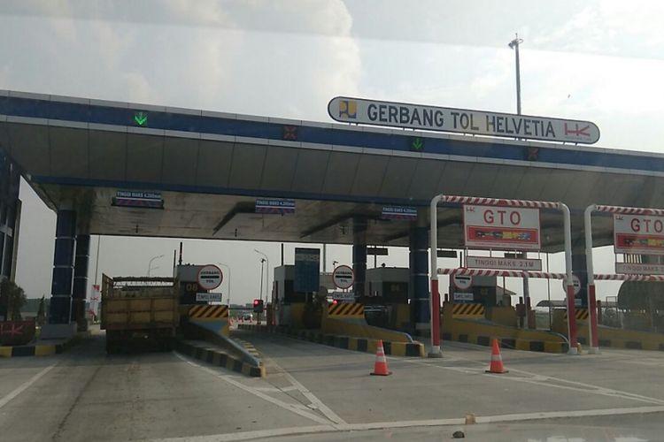 Gerbang Tol (GT) Helvetia yang merupakan bagian dari ruas tol Binjai-Medan, saat dilintasi pada Kamis (14/6/2018).