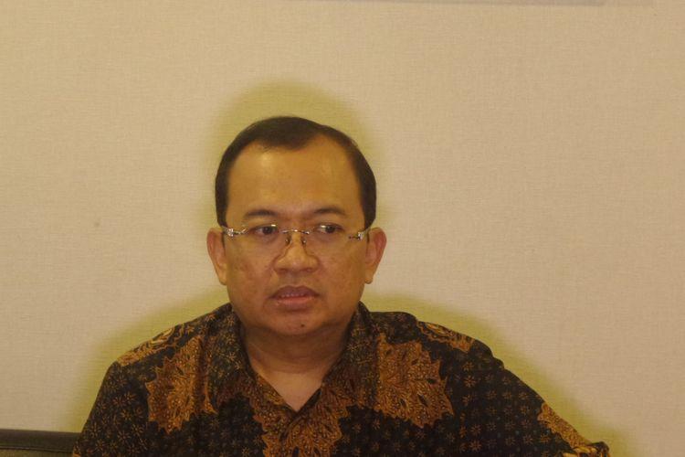 Seketaris Dewan Kehormatan Partai Golkar, Priyo Budi Santoso di Kompleks Parlemen, Senayan, Jakarta, Selasa (5/12/2017).