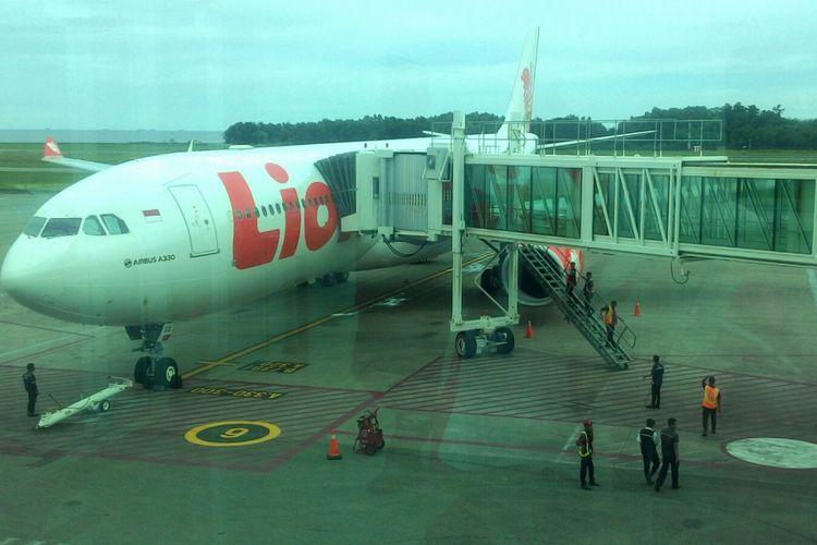 Pesawat maskapai Lion Air, yakni Airbus 330-300.
