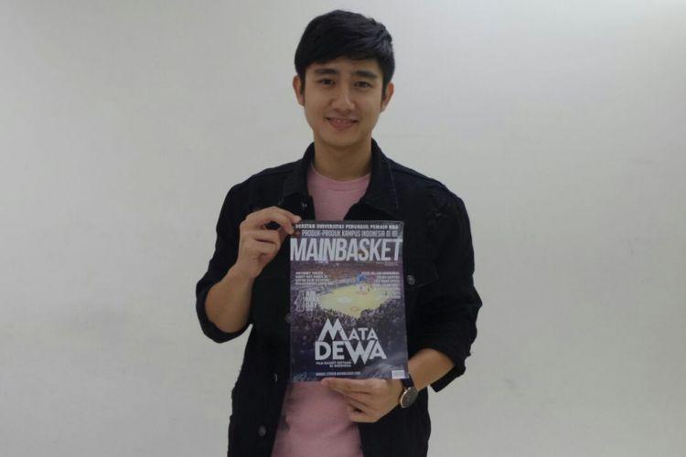 Kenny Austin berpose di kantor redaksi Kompas.com, Palmerah Selatan, Jakarta Pusat, Rabu (28/2/2018). Kedatangannya adalah untuk mempromosikan film drama Mata Dewa.