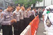 Demonstran Pro dan Kontra Ahok Padati Kawasan Sekitar PN Jakarta Utara