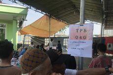 KPPS Kampung Akuarium: Ayo, Handphone Dititipkan ke Petugas Dulu...