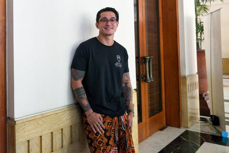Artis peran Miller Khan saat ditemui di jumpa pers drama musikal Bunga Terakhir Badai & Kasih di The Dharmawangsa Hotel, Kebayoran Baru, Jakarta Selatan, Jumat (14/8/2018)
