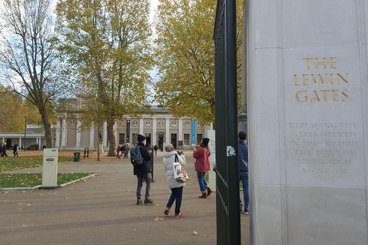 Kawasan Old Royal Naval College, bagian dari University of Greenwich.