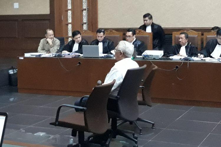 Mantan Menteri Keuangan, Bambang Subianto, di Pengadilan Tipikor Jakarta, Rabu (6/6/2018).
