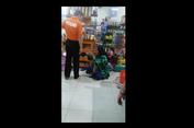 Viral, Video Pemilik Minimarket Berkaos 'Polisi' Dorong Pelaku Pencurian