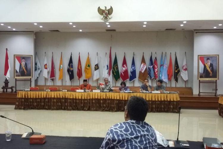 Penetapan desain Alat Peraga Kampanye Pemilu 2019 di Gedung KPU, Jakarta Pusat, Senin (29/10/2018).