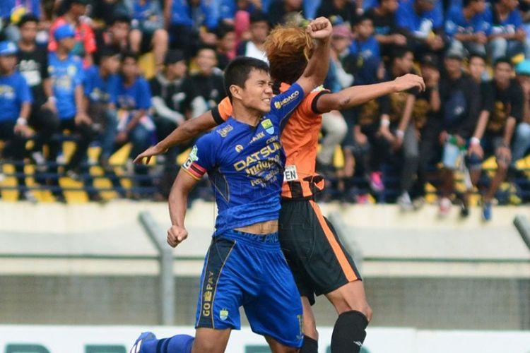 Persib Bandung kalah dari Perseru Serui pada pertandingan pamungkas Liga 1 di Stadion Si Jalak Harupat, Minggu (12/11/2017).