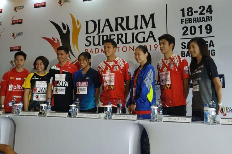 Para pebulu tangkis dalam dan luar negeri yang akan tampil pada turnamen Djarum Superliga Badminton 2019, di Sabuga, Bandung, Jawa Barat, Minggu (17/2/2019).