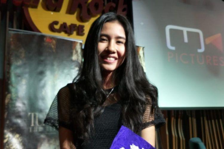 Shenina Cinnamon saat ditemui pada jumpa pers peluncuran poster dan trailer film Tumbal The Ritual di kawasan SCBD, Senayan, Jakarta Selatan, Selasa (12/6/2018).